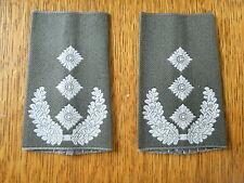 Bundeswehr Schulterklappen Heer Oberst weiß auf oliv NEU Original Sonderpreis