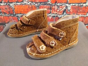 EUC tan suede DANIELKI toddler orthopedic shoes - size 21 or 5 US / BARELY WORN