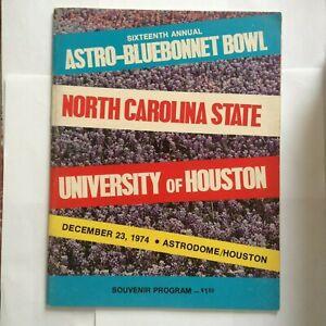 1974 ASTRO-BLUEBONNET BOWL PROGRAM -- HOUSTON V. NC STATE -- EX - MINT