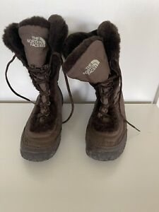Ladies North  Face Boots Size 7 Good Condition