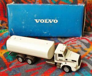 Conrad 1:50 Model 3777 ~ Volvo NL10 - Turbo Water Tanker - Volvo Promo - Germany