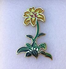 Disney Fantasy Tangled Rapunzel Lily Flower Pin LE 40  Beautiful!