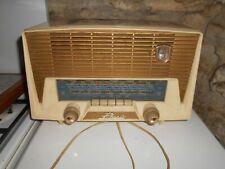 Ancien poste radio à lampe PHENIX Emeraude en bakélite années 50