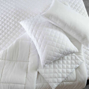 4 Pack Zipped Luxury Quilted Pillow Protectors Soft Pillows Pair Polyester