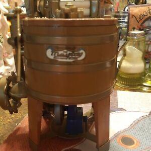 Ertl Maytag Mini Washin Machine