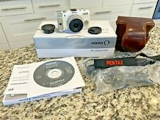 Pentax Q Camera, 873 shutter count with 01 Prime Lens with Case and Original Box