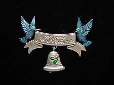"""""""JJ"""" Jonette Jewelry Silver Pewter 'Merry Christmas Banner with Bluebirds ' Pin"""