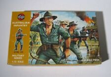 Airfix  1809  Australian Army  Infantry Soldiers  29 Figures 1:32  1969   MINT