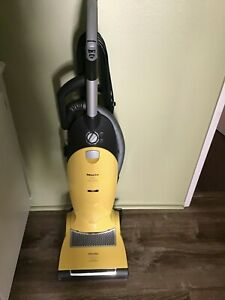 Miele Jazz w/HEPA Filter, Upright Vacuum - Made in Germany