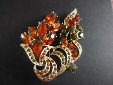 beautiful brooch from exquisite signed  vintage