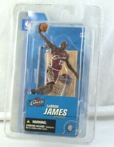 2005 McFarlane Sports Picks LEBRON JAMES 2nd Edition CLEVELAND CAVALIERS Sealed
