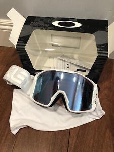 Oakley Line Miner Snow Goggles factory pilot white Prizm sapphire irdium lens