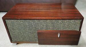 Vintage AMPEX 621 Pr RCA 6v6 Tube Amplifier wood case No Speaker, Amp Working!