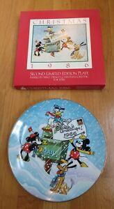 WALT DISNEY PARKS CHRISTMAS 1986 SEASON'S GREETINGS COLLECTORS PLATE = 2nd ED =