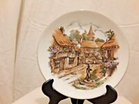 """Royal Vale Bone China Decorative Plate 8"""" Made in England"""