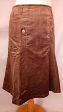 Superbe jupe velours milleraie CLAUDIE PIERLOT taille 1 NEUVE, achetée 145 €.