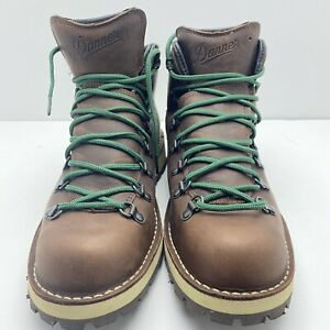 Danner Men's Mountain Pass Smores Goretex Boots US Size 11.5 EE With Defect