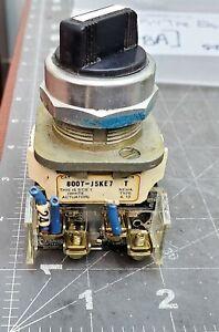 ALLEN-BRADLEY 3 POSITION (1 SPRING RETURN)  SWITCH 800T-J5KE7 [B8BA