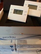 CRESTRON PRODIGY THERMOSTAT WHITE P-TSTATRF TSTATRFW  INFINET HEAT COOL WIRELESS