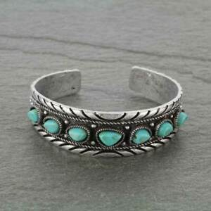 vintage Native American Turquoise jewelry 29 grams 1920\u2019s Vintage Authentic Navajo Turquoise Bracelet Cuff in .925 sterling silver