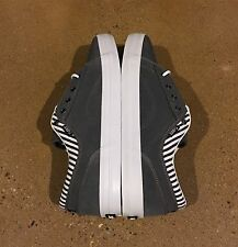 DVS Aversa Men's Size 8 US Grey Suede BMX DC Skate Militia Milan Shoes