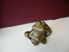 Bronze- Frosch wasserspeiend sitzend H14,0cm B17,0cm t8,0cm