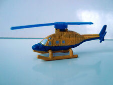 MINI VEHICULE DE GUERRE TYPE MICROMACHINES MICRO MACHINES N°111 HELICOPTERE JAUN