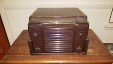Vintage Westinghouse Radio Phonograph Model H-122B 105-120 volt in Wood Case