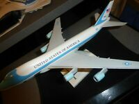 Sky Marks-Air Force One USAF Boeing Model 747-200B 1:250 Scale ModelMust See!