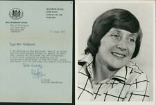 SHIRLEY WILLIAMS Liberal MP Signed Photo & Letter 1977   HL3.1480