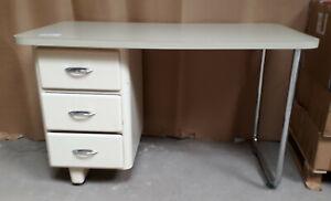 Arzt Schreibtisch Nostalgie Praxismöbel Zahnarzt Möbel aus den 50-60er Jahren