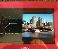 """Sony DPF-D70 7"""" Digital Picture Frame - red/maroon"""
