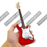 Mini Guitar scale 1:4 MARK KNOPFLER dire straits miniature gadget collectible