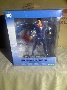 Kotobukiya ARTFX + DC UNIVERSE Superman REBIRTH 1/10 scale - NEW