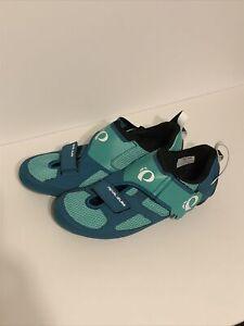 Pearl Izumi Women's W TRI Fly V Cycling Shoe, EUR 43, US 11, Green. Great Shape
