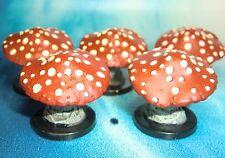 Dungeons & Dragons Miniatures Lot  Deathcap Demonweb Mushrooms !!  s116