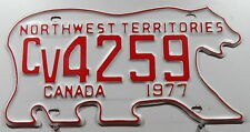 Nummernschild Canada Nortwest Territories 1977 in Bärenform. 12711.