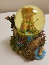 Guardian Angel Snow Globe. Tune: Jesus Loves The Little Children