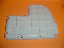STIHL CHAINSAW 070 090 GAS TANK BOTTOM PLATE COVER ---- BOX1403