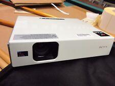 Sony VPL-CX76 Beamer LCD Projector 2500 ANSI 1400 x 1050 VGA - LAMP DEFFECT