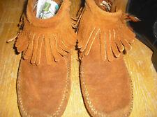 Women's Minnetonka Moccasins Size 6 Suede Leather , conchos