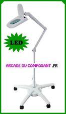 LAMPE LOUPE SUR PIED 5 DIOPTRIES AVEC ECLAIRAGE 64 LEDS (65-0781) Poids 17Kg