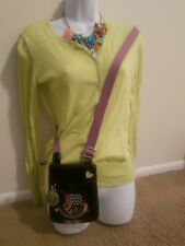 Pre-owned Juicy Couture Cross Body purse in EXCELLENT condition. FREE SHIPPING