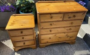 Ducal Victoria Solid Wood Dovetail 5 Drawer Chest + 3 Drawer Bedside Assembled