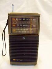 Vintage GE AM/FM radio CB monitor model 7-2912A
