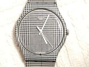 Swatch AG 2013 Rebel Series Grey Glen Plaid Swiss Made Black White Watch Unisex