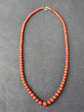 rote Koralle Kette Perlen Verlauf Sardinien 1950 schöne Färbung Messingschließe