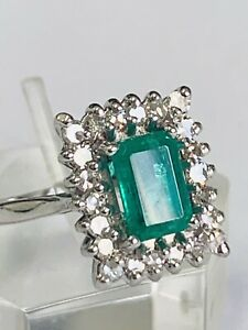 18CT WHITE GOLD ART DECO STYLE EMERALDS AND DIAMONDS RECTANGULAR CLUSTER RING