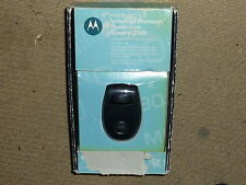 MOTOROLA T305 BLUETOOTH HANDSFREE VISOR SPEAKER KIT Official Car Charger Boxed