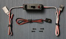 EIN-/ AUS- Schiebeschalter mit LED Anzeige, Ladebuchse und Ladekabel